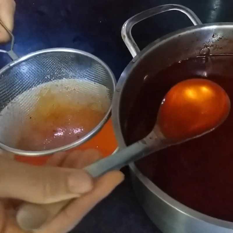 Bước 4 Nấu dầu gấc Dầu gấc trong nồi chiên không dầu