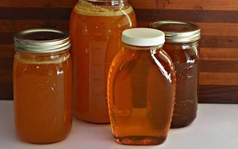 �ậy tất cả các đồ vật có chứa mật ong
