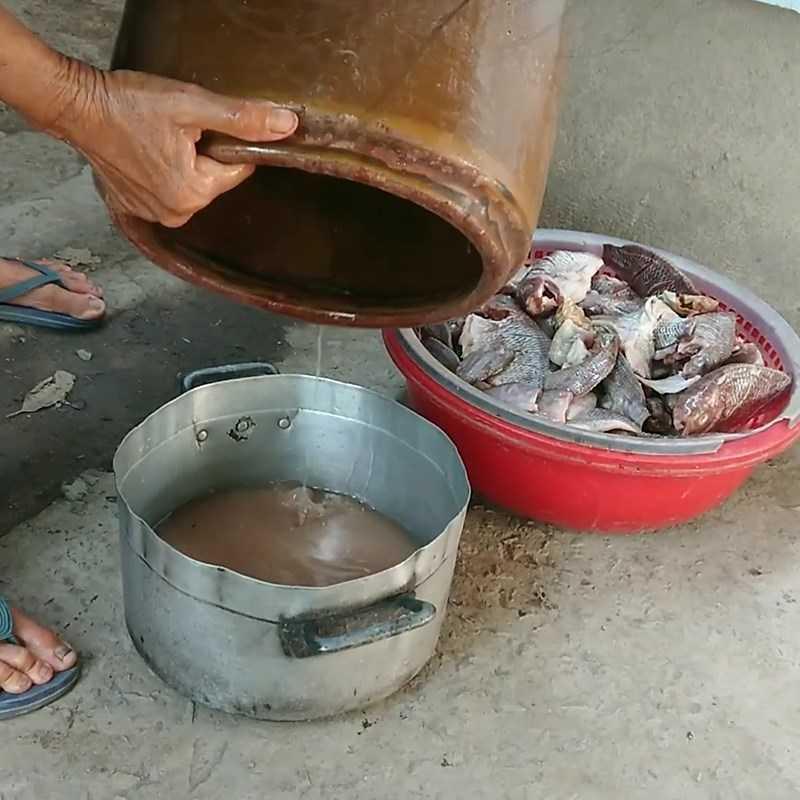 Bước 5 Lấy cá ra sốt cá rô phi