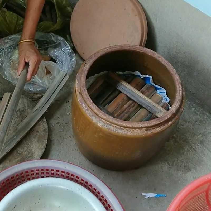 Bước 6 Cho cá rô phi làm nước mắm