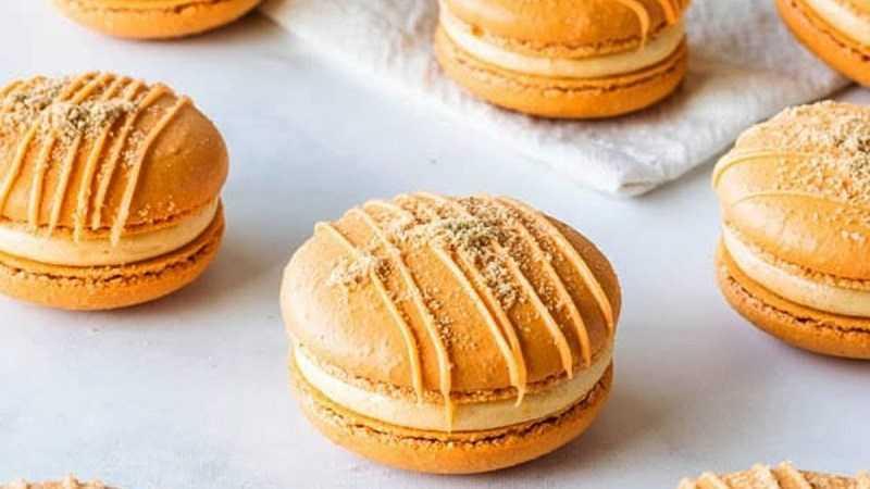 Bánh macaron phô mai bí ngô