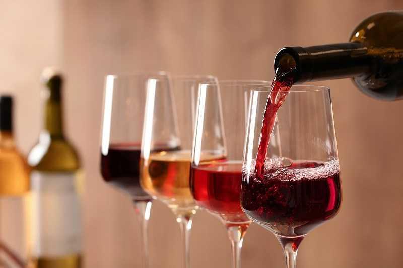 Hạn sử dụng của rượu là gì?