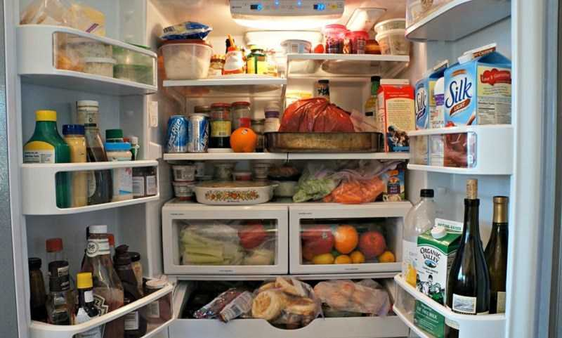Không để quá nhiều đồ trong tủ lạnh