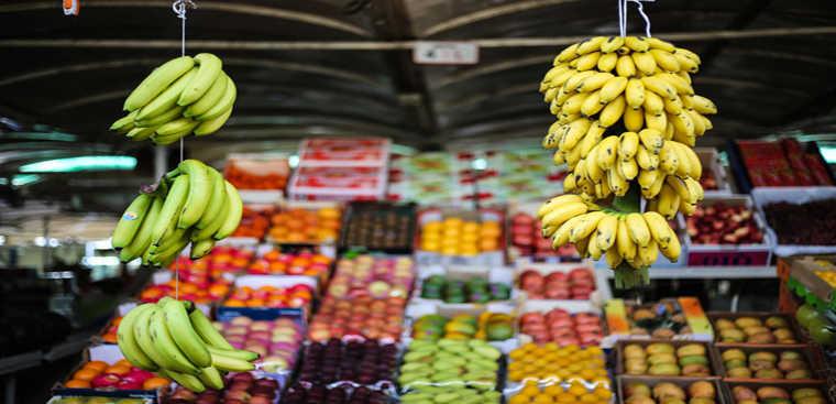 Cách chọn mua trái cây không hóa chất
