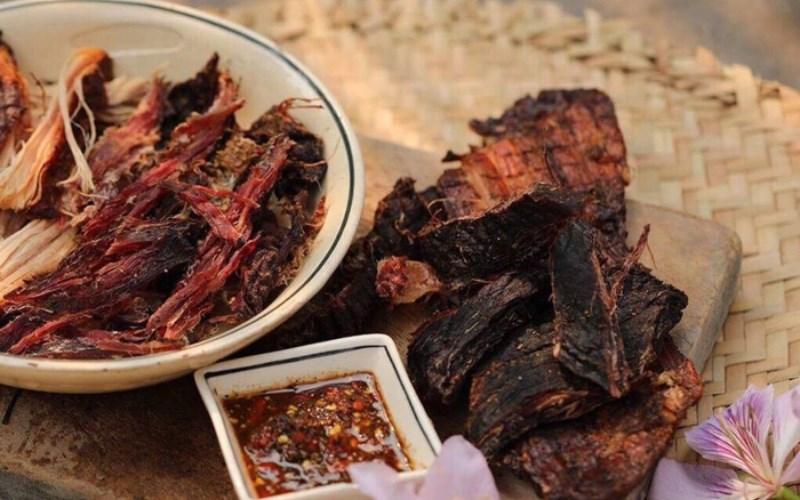 Thịt trâu gác bếp sapa