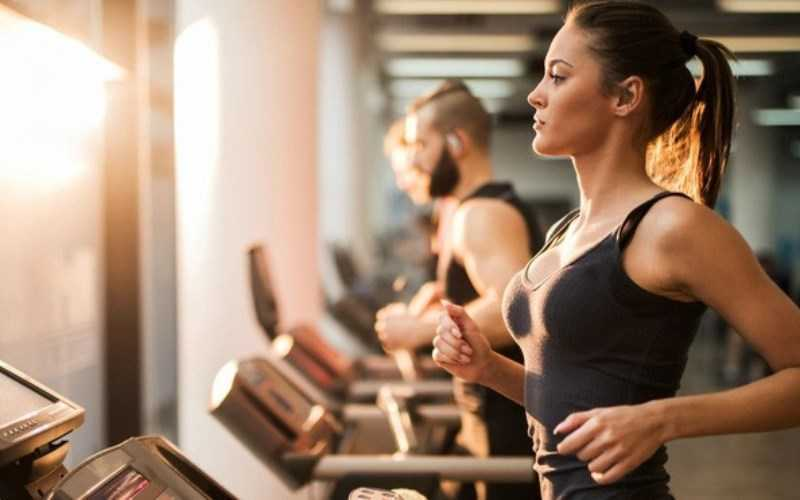 Nhục đậu khấu làm giảm đau khớp và cơ