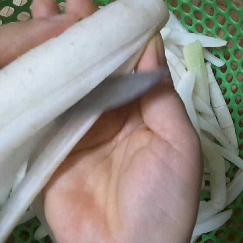 Bước 1 Chuẩn bị củ cải khô