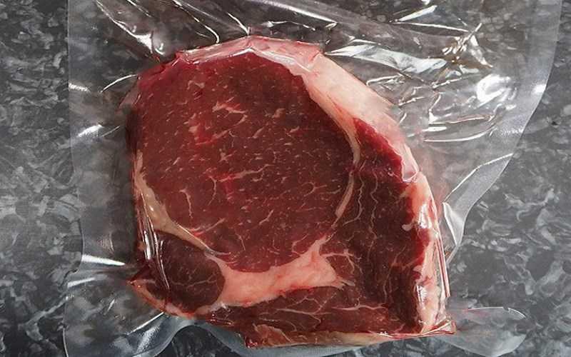 Bảo quản thịt tươi đã làm sạch trong túi nhựa