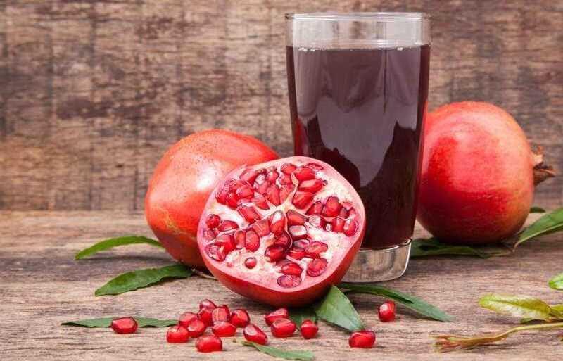 Nước ép lựu cung cấp vitamin cho cơ thể