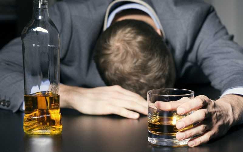 Tác hại của rượu bia đối với sức kh�e