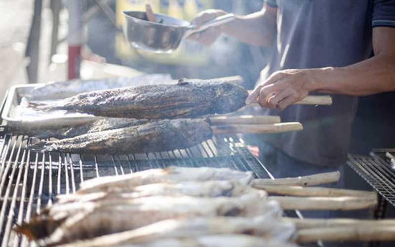 Phố cá lóc nướng