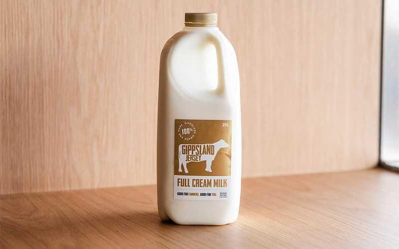 Uống sữa giúp tăng cân
