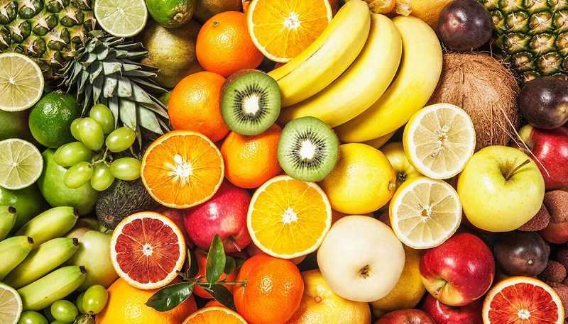 Ăn trái cây để điều trị táo bón