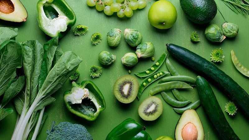 Ăn rau xanh để trị táo bón