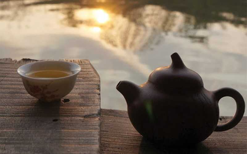 Gi� uống trà