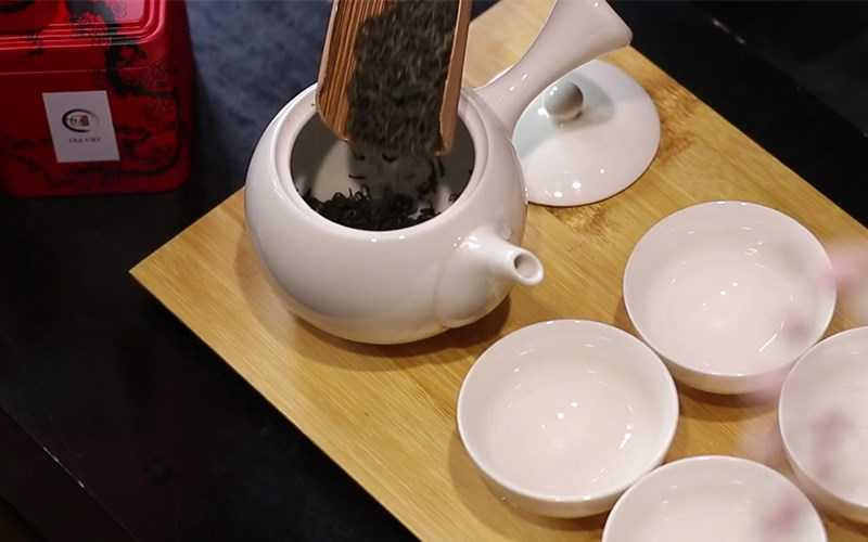 �ong trà