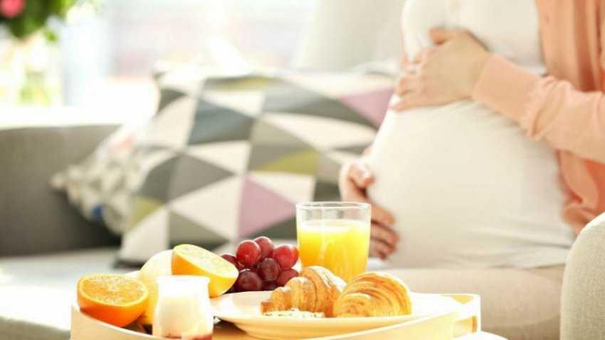 Thực phẩm không nên ăn khi mang thai