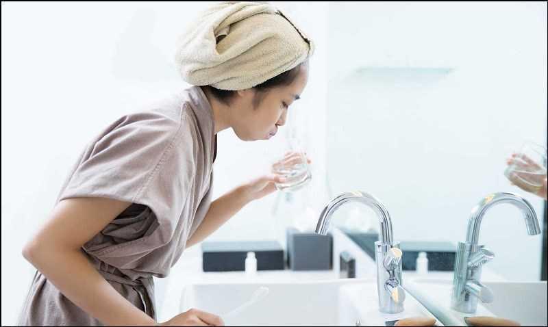 Cách sử dụng dầu dừa cho sức khỏe răng miệng