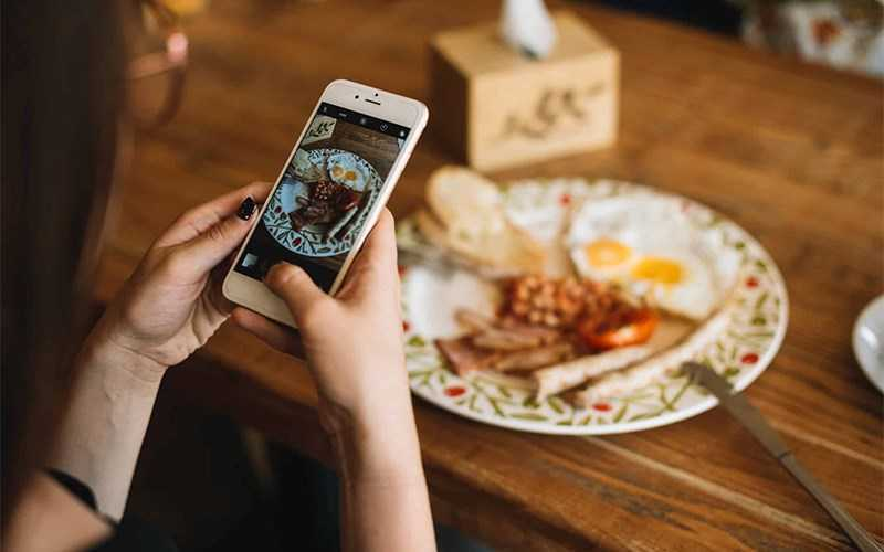 Chụp ảnh bữa ăn của bạn