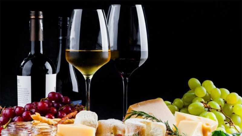 Rượu vang trắng và đỏ (không ngọt)