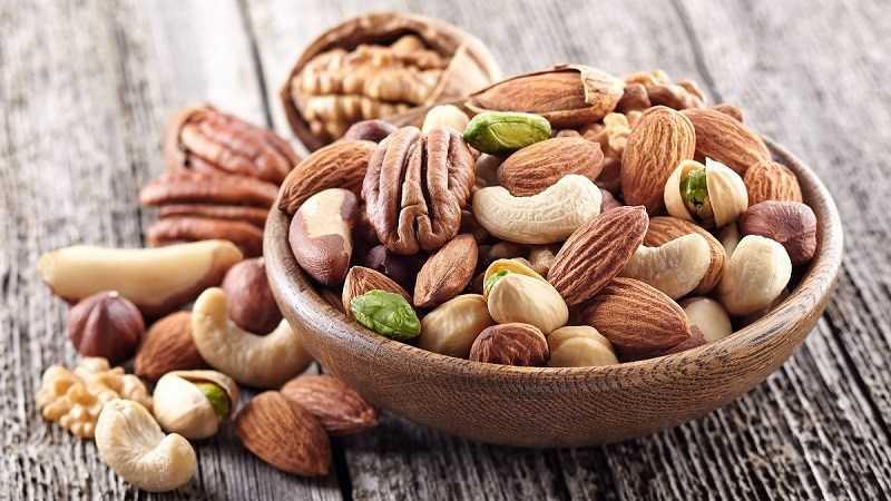 Ăn các loại hạt khô trước khi tập thể dục