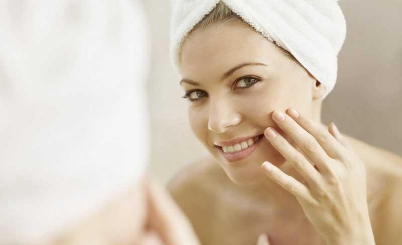 Rửa mặt bằng sữa tươi không đường có tác dụng dưỡng ẩm cho da