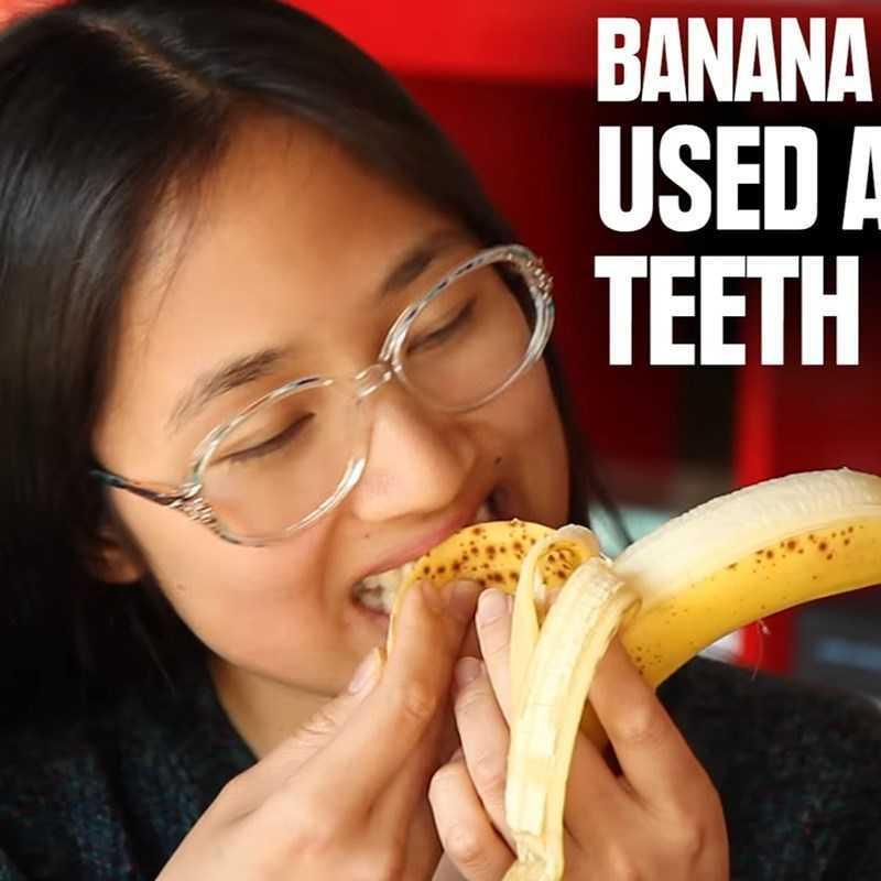 Làm trắng răng với vỏ chuối