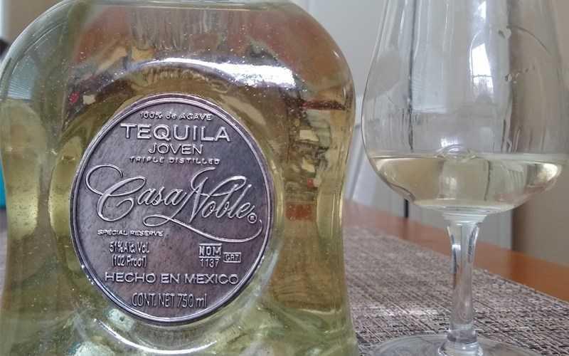 Rượu tequila thông thư�ng