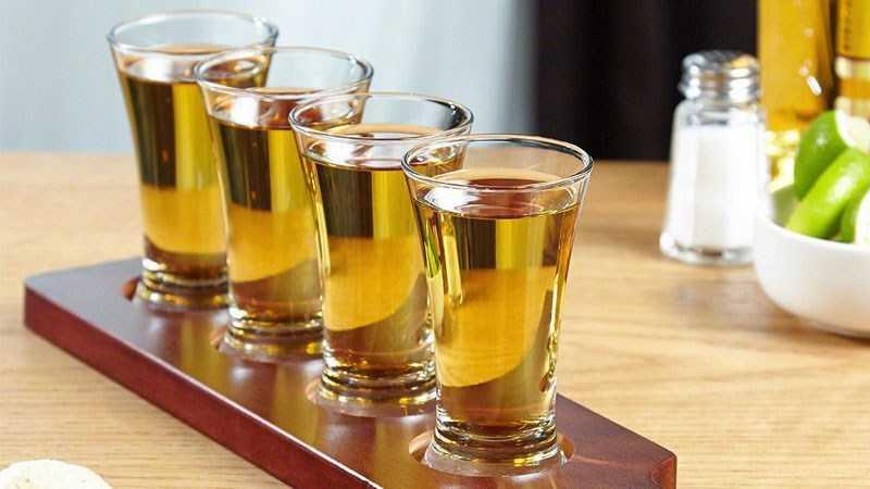 Cách uống rượu Tequila trực tiếp