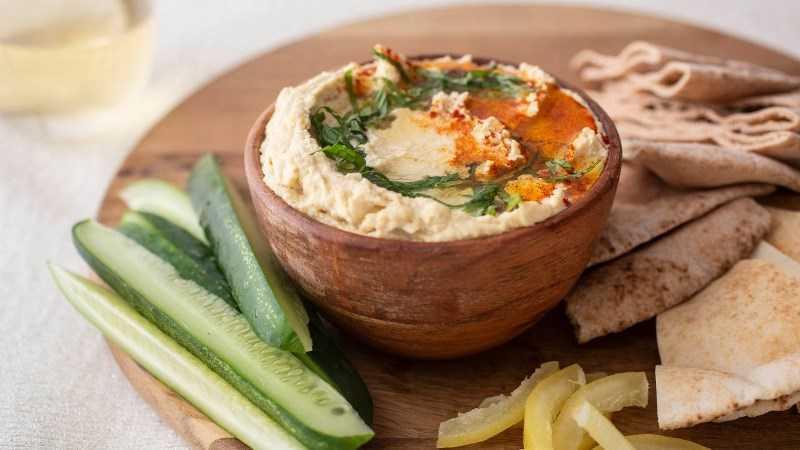 Hummus chứa nhiều chất dinh dưỡng và đạm thực vật