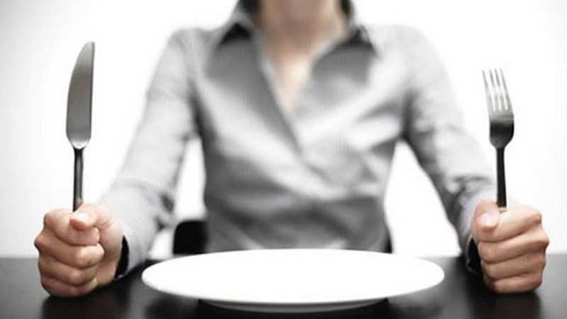 Đừng để bụng quá đói