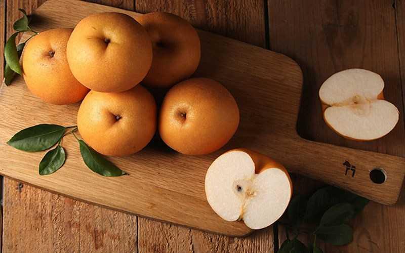 Chọn mua trái cây chưa chín