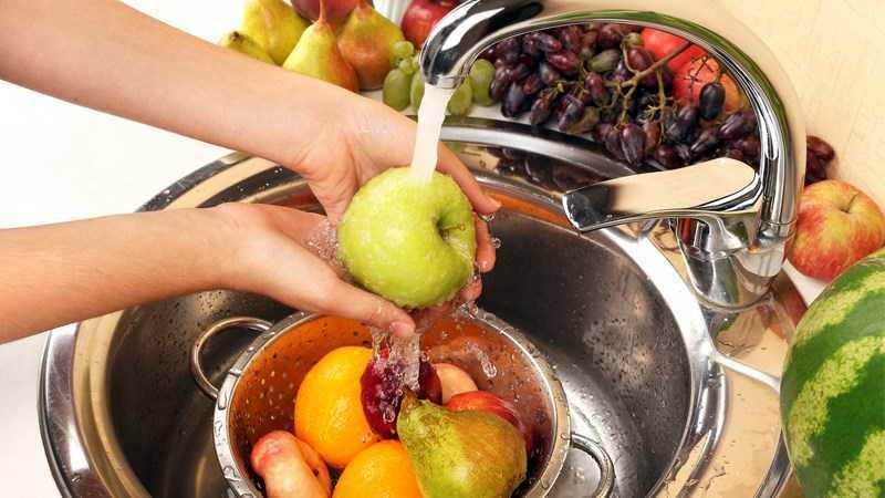 nên rửa trái cây