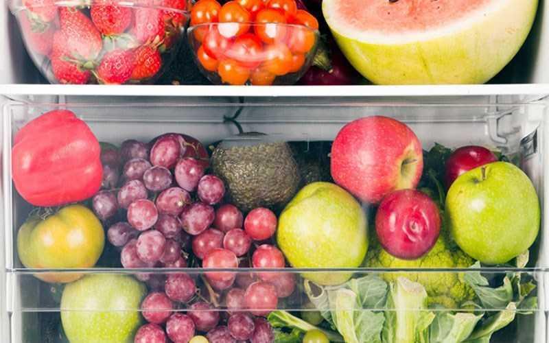 Cho tất cả trái cây vào tủ lạnh