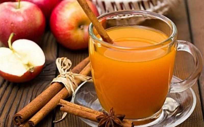 Cách nấu nước táo hương quế