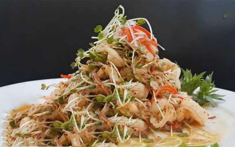 Salad cơm tấm