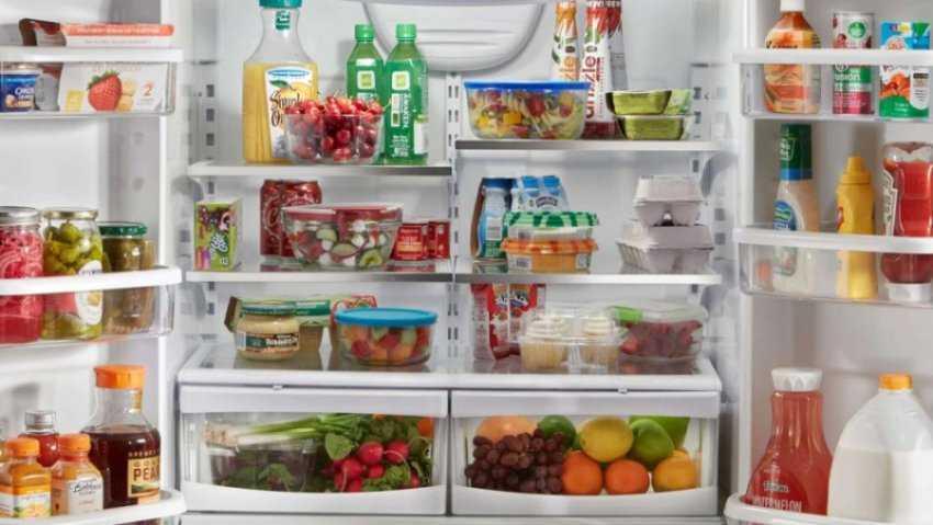 Sắp xếp thực phẩm vào tủ lạnh