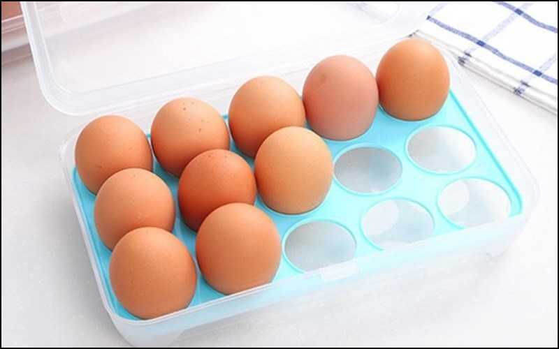 Giữ trứng ở vị trí khi để trong tủ lạnh