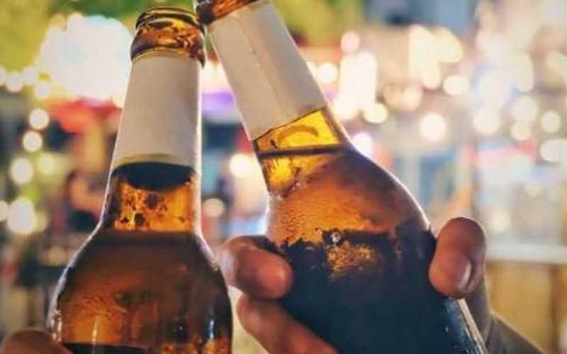 Sử dụng nhanh những chai rượu, bia, nước ngọt đã mở
