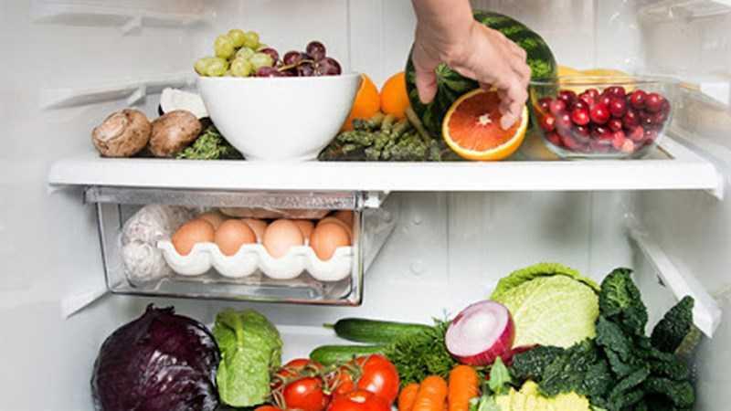 Giữ nó ở nơi dễ thấy với trái cây mua trước