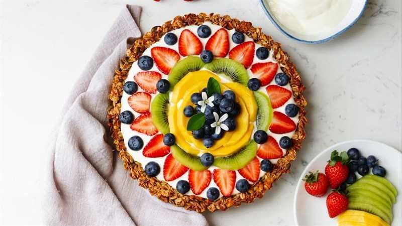 Bánh tét yến mạch trái cây