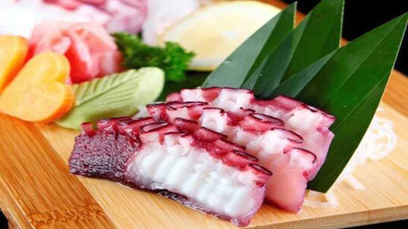 Tako sashimi (bạch tuộc)