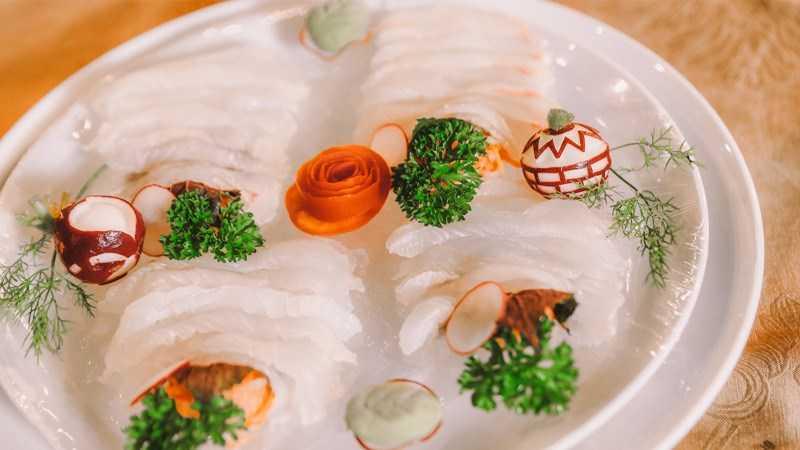 Suzuki sashimi (cá mú)
