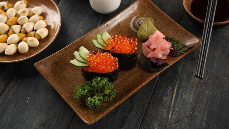 Ikura sashimi (trứng cá hồi)