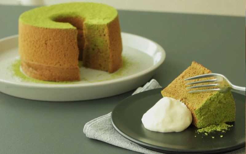 Bánh bông lan chiffon trà xanh