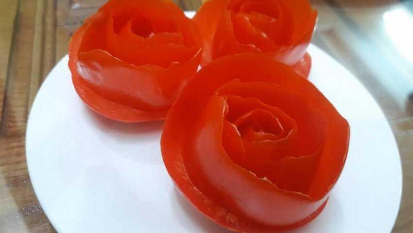 3 cách tỉa hoa cà chua
