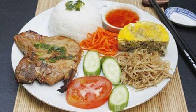 7 món đặc sản Sài Gòn nổi tiếng, toàn là những món quen thuộc nhưng khiến bao du khách mê mẩn - 1