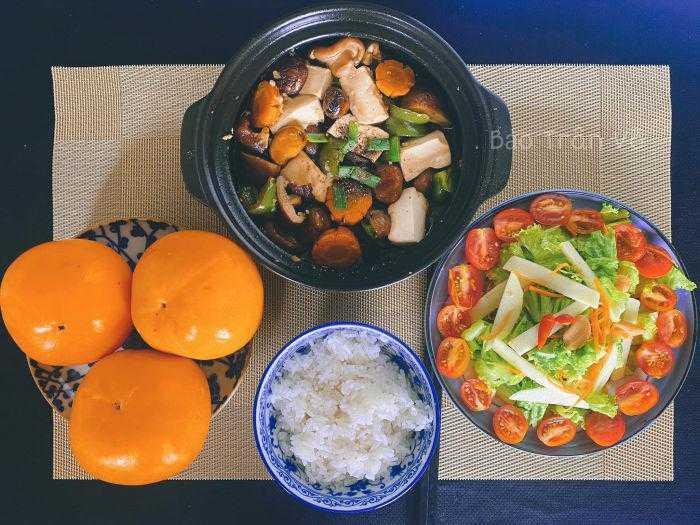 Ăn chay để tăng cường sức khỏe, 9X khoe loạt cơm chay chưa đến 60k / suất khiến người ăn mặn cũng phải thèm - 4